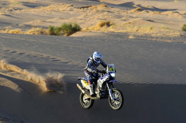 #6 - Olivier Pain having some airtime - www.dakar.com